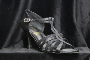 D No. 9333 Black Satin 2.5, 3 inches