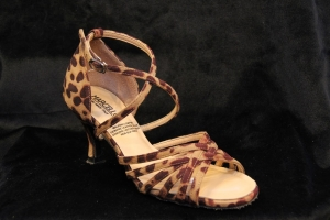 D No. 2234 Leopard (2.5 inches)
