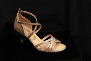 D No. 3210 Light Gold (2.5, 3 inches)