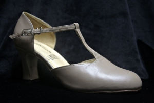 I No. 781 Camel (2.5 inches thick heel)